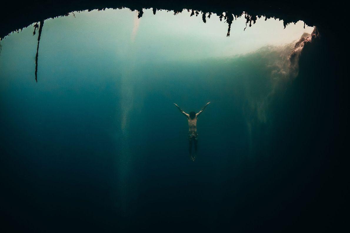 Mergulhador nas Bahamas