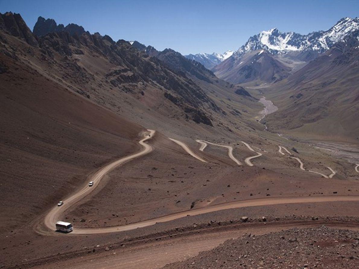 Chile - Argentina: Curvas Perigosas Mais à Frente