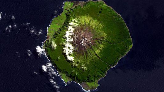 Sabia que a Ilha Mais Remota do Mundo tem Nome Português?