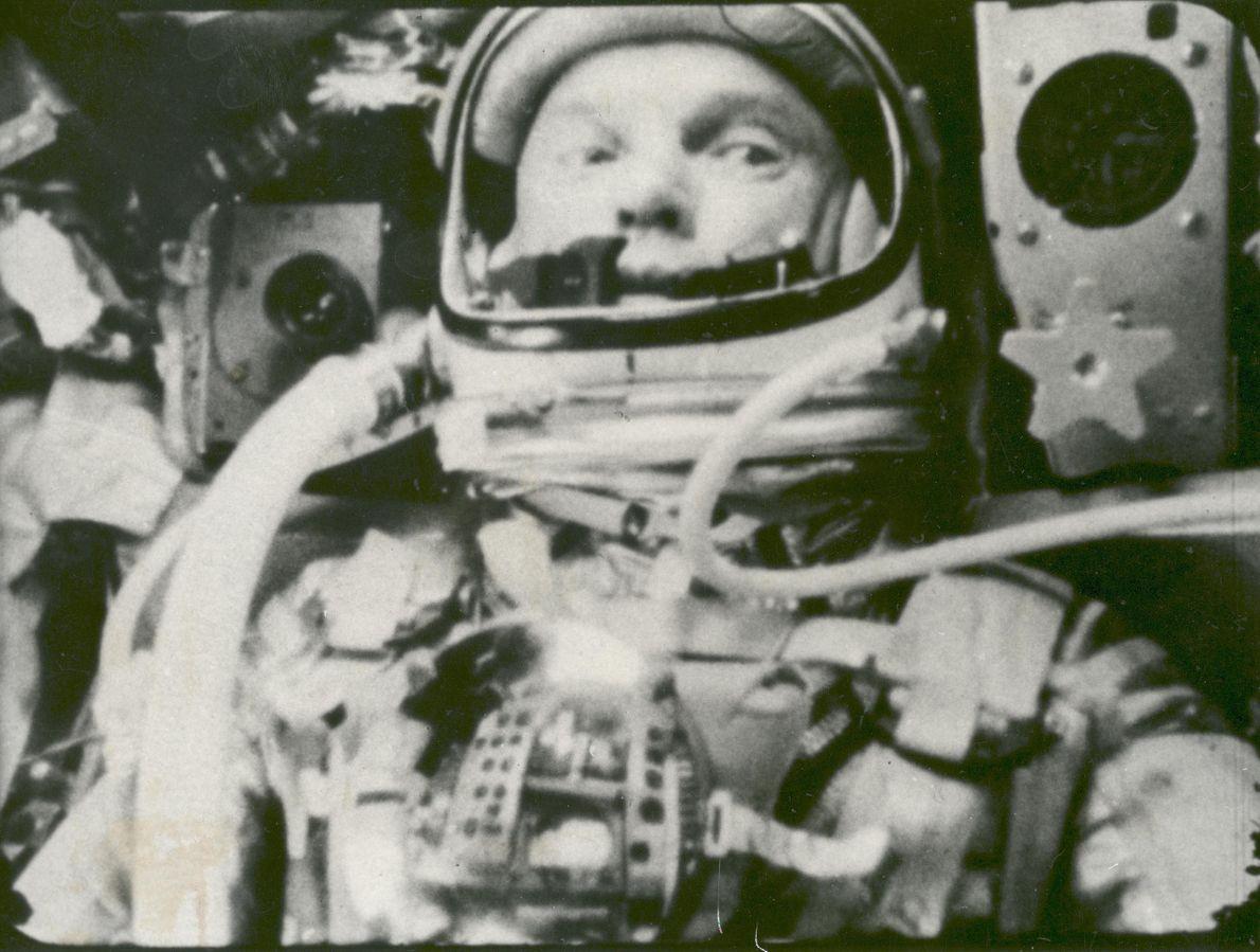 No dia 12 de fevereiro de 1962, John Glenn tornar-se-ia no primeiro astronauta dos EUA a ...