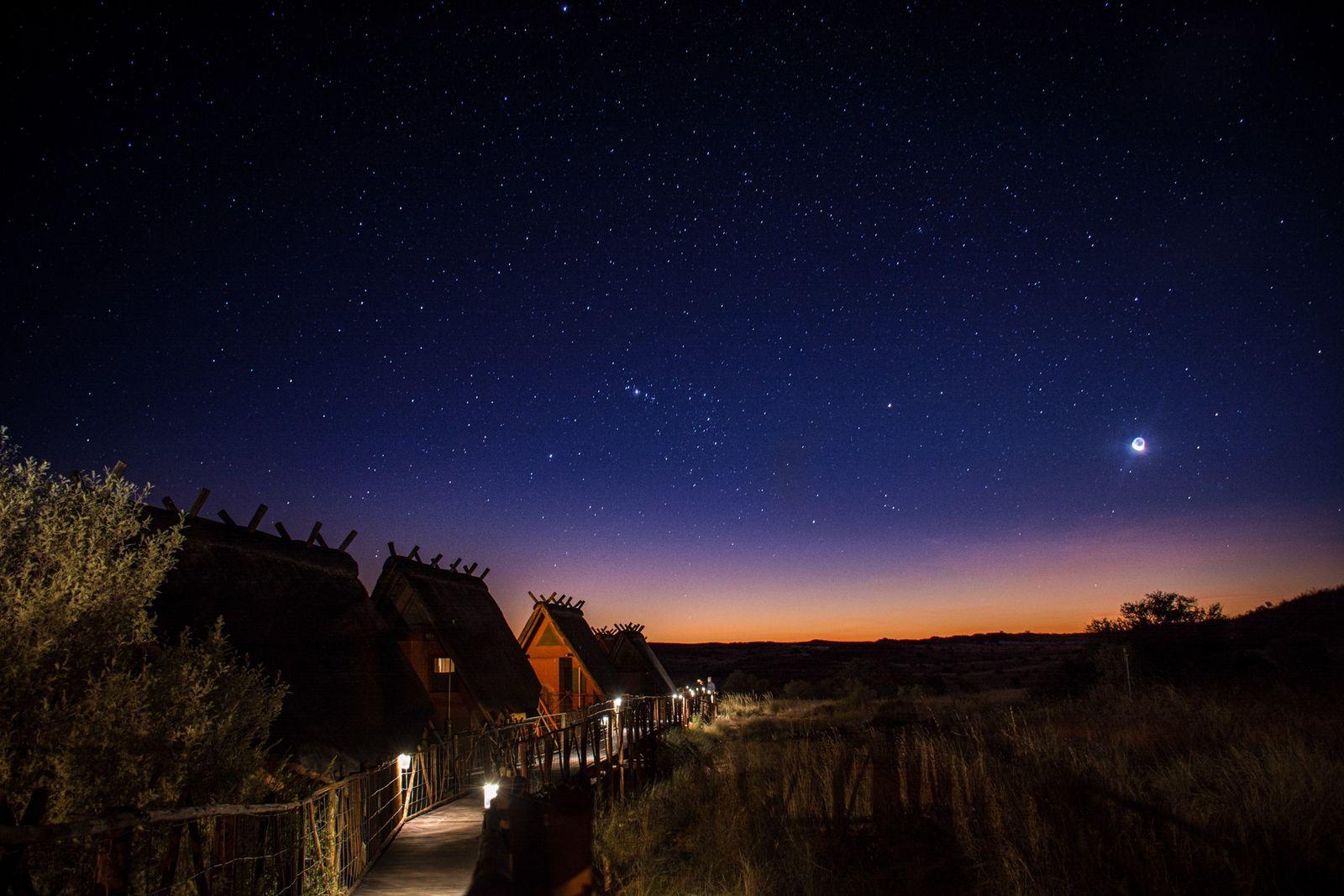 O Parque !Ae! Hai Kalahari Heritage está entre os lugares com menos poluição luminosa do mundo. ...