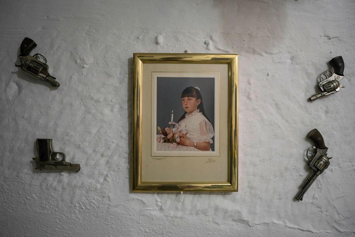 A peculiaridade dos elementos decorativos são um elemento comum no interior das grutas perto de Granada. ...