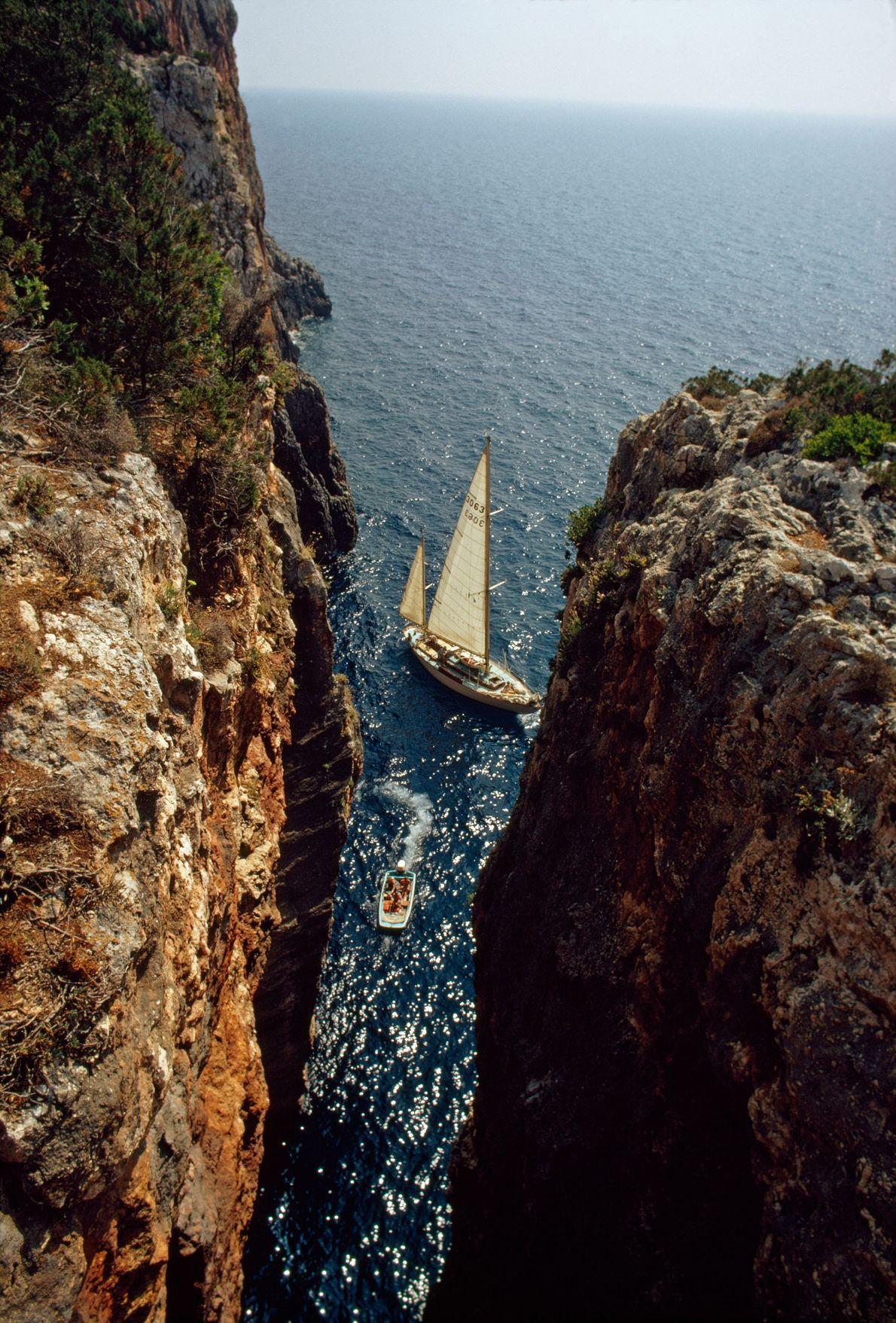 Falésias épicas da Cefalónia, Grécia, 1973