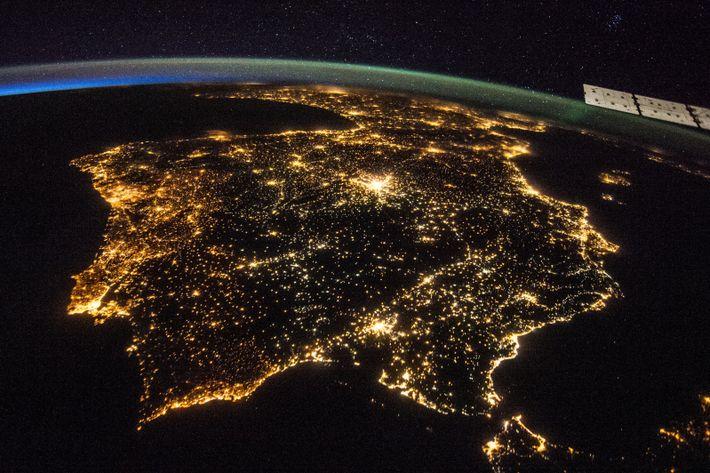 Península Ibérica à noite (2014)