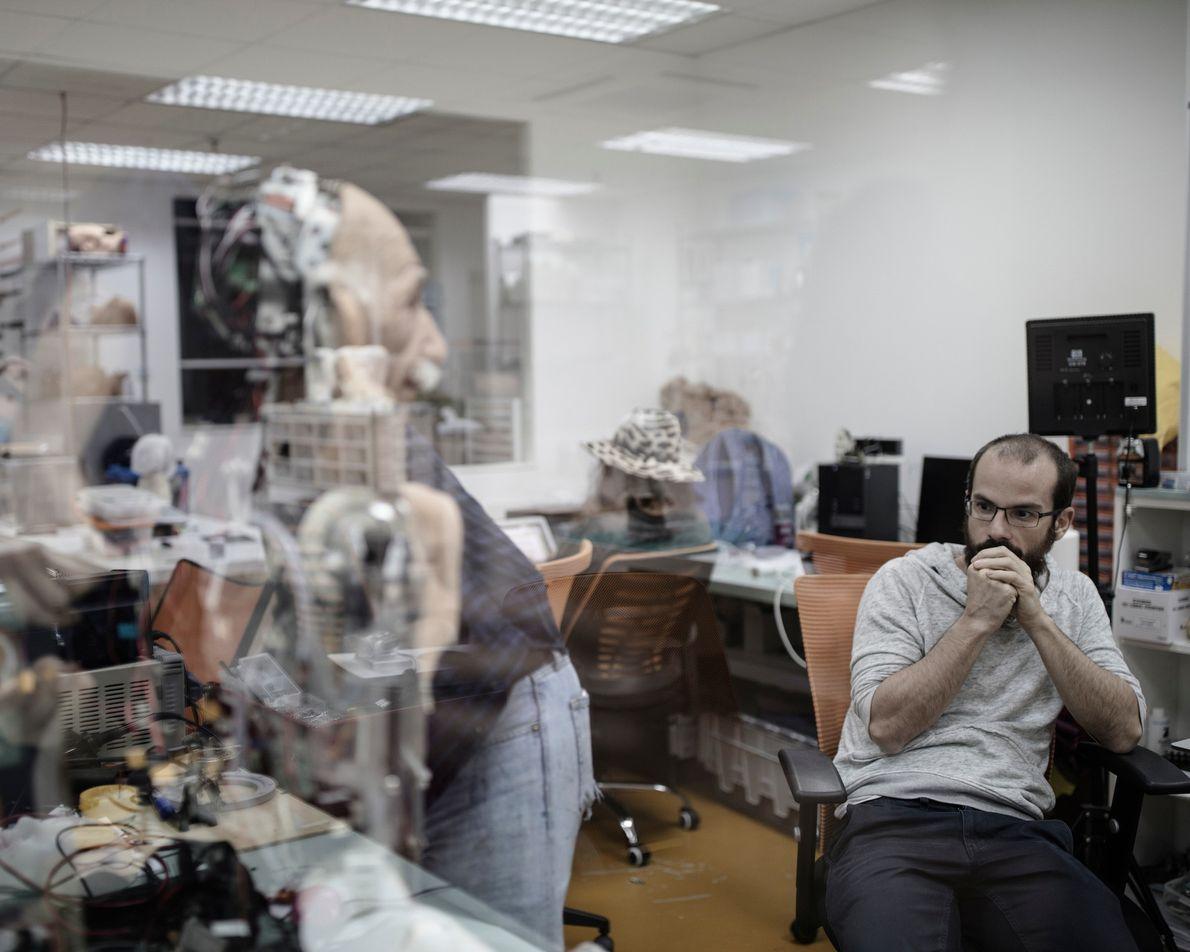 A Hanson Robotics também criou um robô humanoide que lembra o célebre físico Albert Einstein.