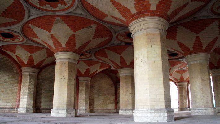 Filmagem da Passagem Secreta do Palácio de Cristal Perdido de Londres
