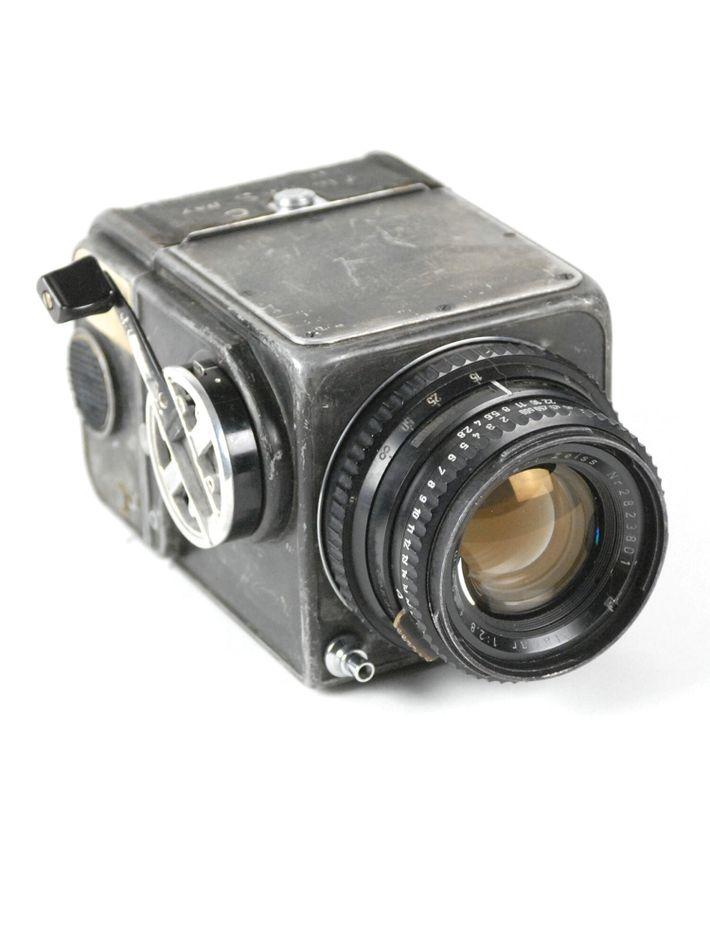 A Hasselblad 500C de Wally Schirra depois de ter sido modificada. A câmara também foi usada ...