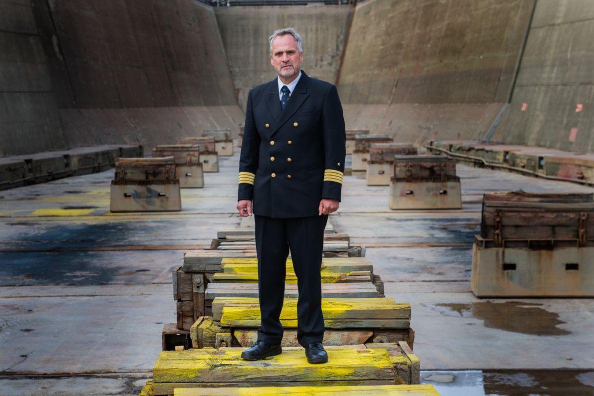 O comandante Stefan Schwarze, que ajuda a expedição MOSAiC há dois anos e é líder do ...