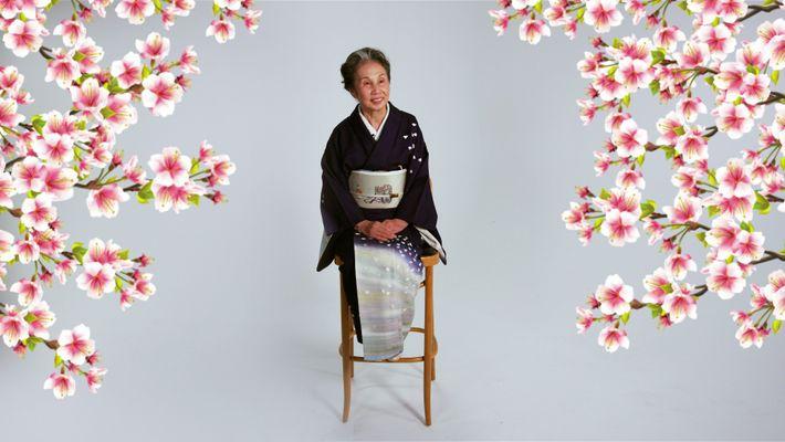 Mestre japonesa organiza cerimónias de chá há décadas