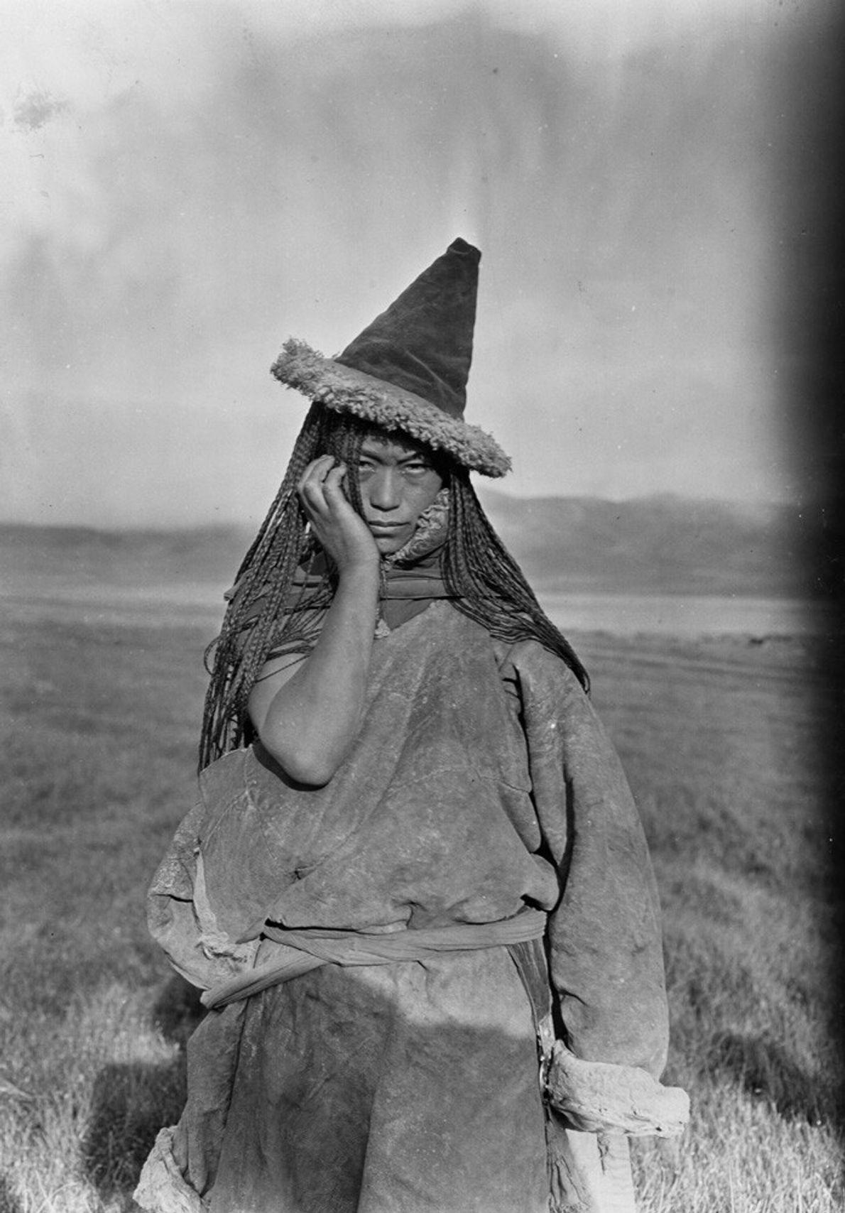 mulher nómada tibetana