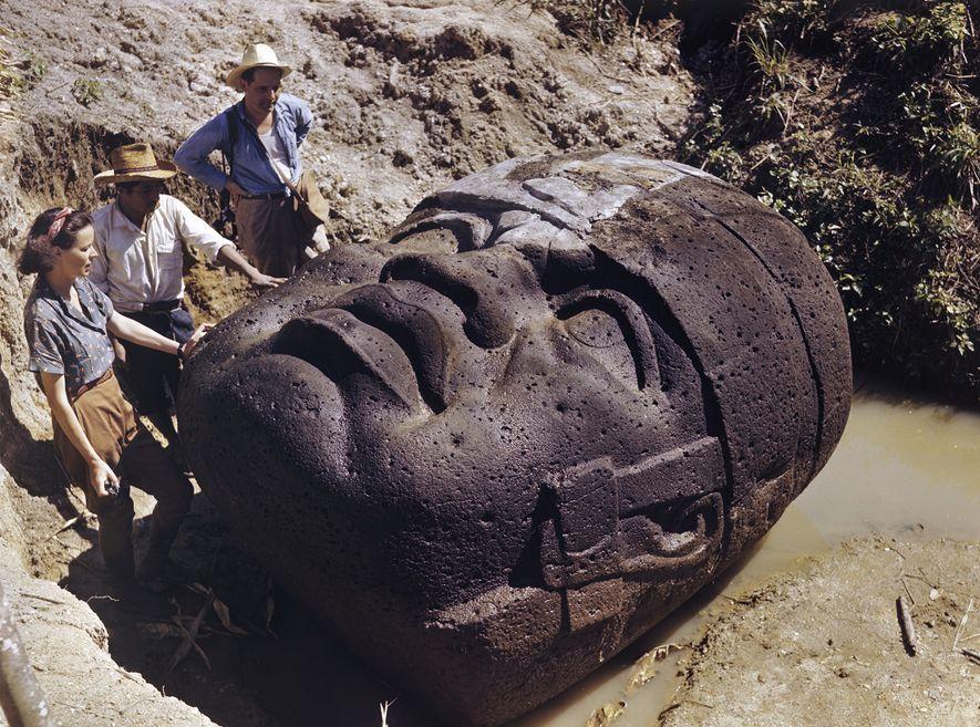 Artefactos Maia Encontrados na Maior Caverna Subaquática do Mundo
