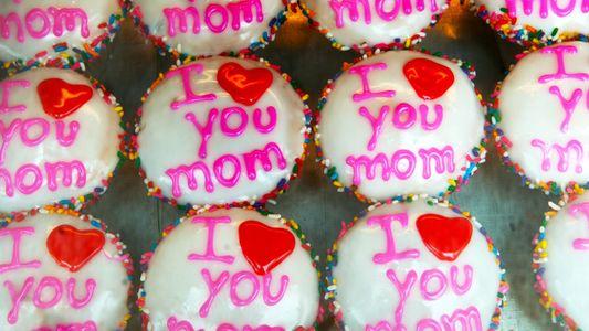 7 Factos Sobre a História Sombria Por Detrás do Dia da Mãe