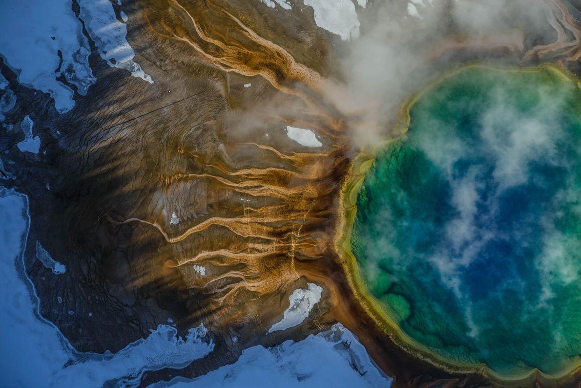 fonte termal Grand Prismatic em Yellowstone