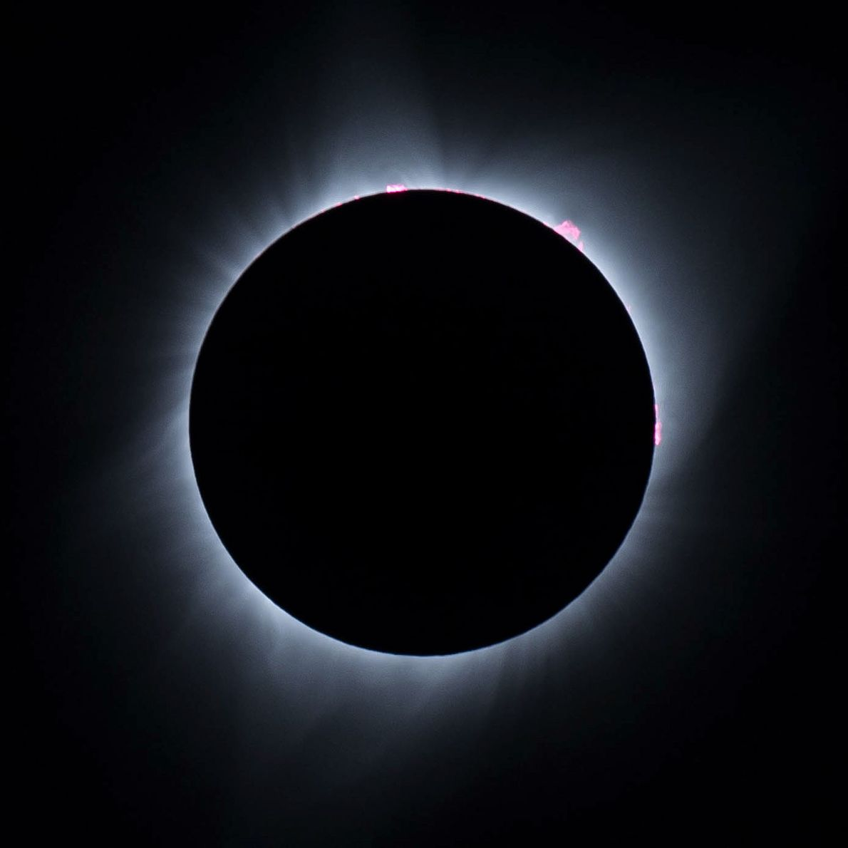 O eclipse solar atinge a sua totalidade no Wyoming, em 2017.