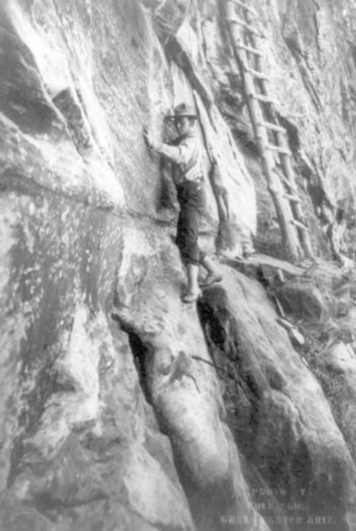 GRAND CANYON, POR VOLTA DE 1913