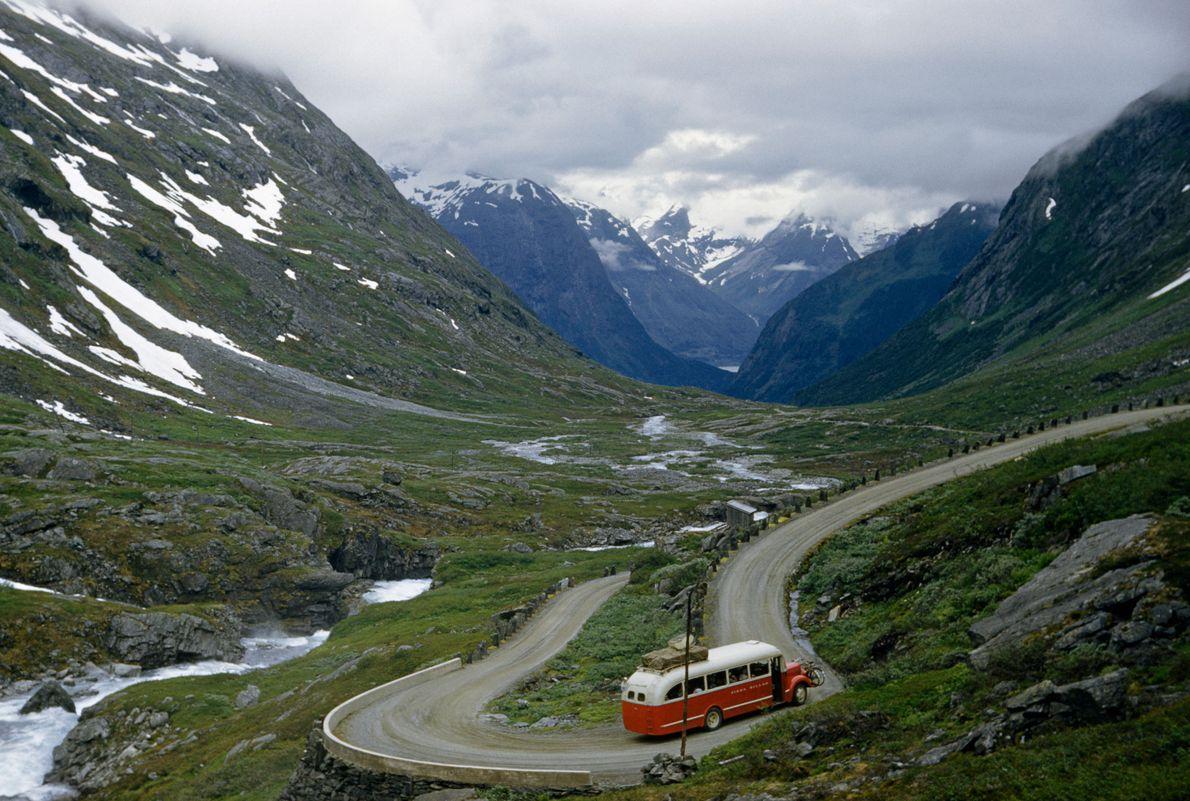 Vale Hjelle, Noruega, 1957