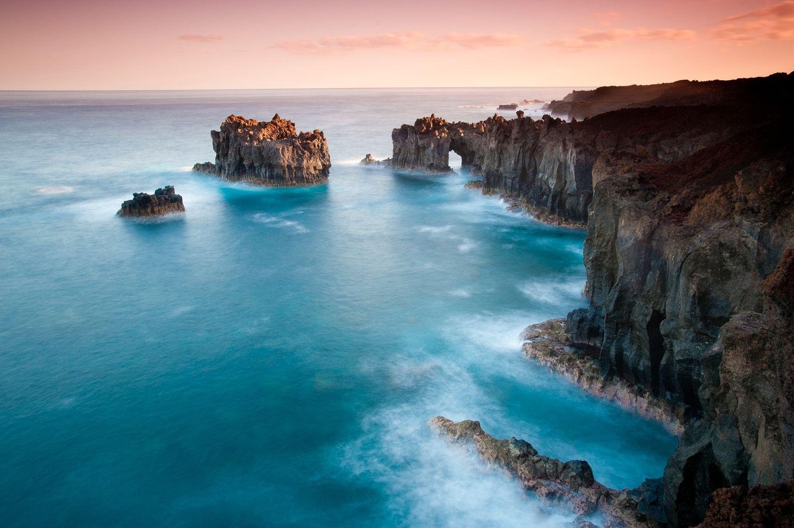 El Hierro, uma das Ilhas Canárias de Espanha, já foi considerado o ponto mais ocidental de ...