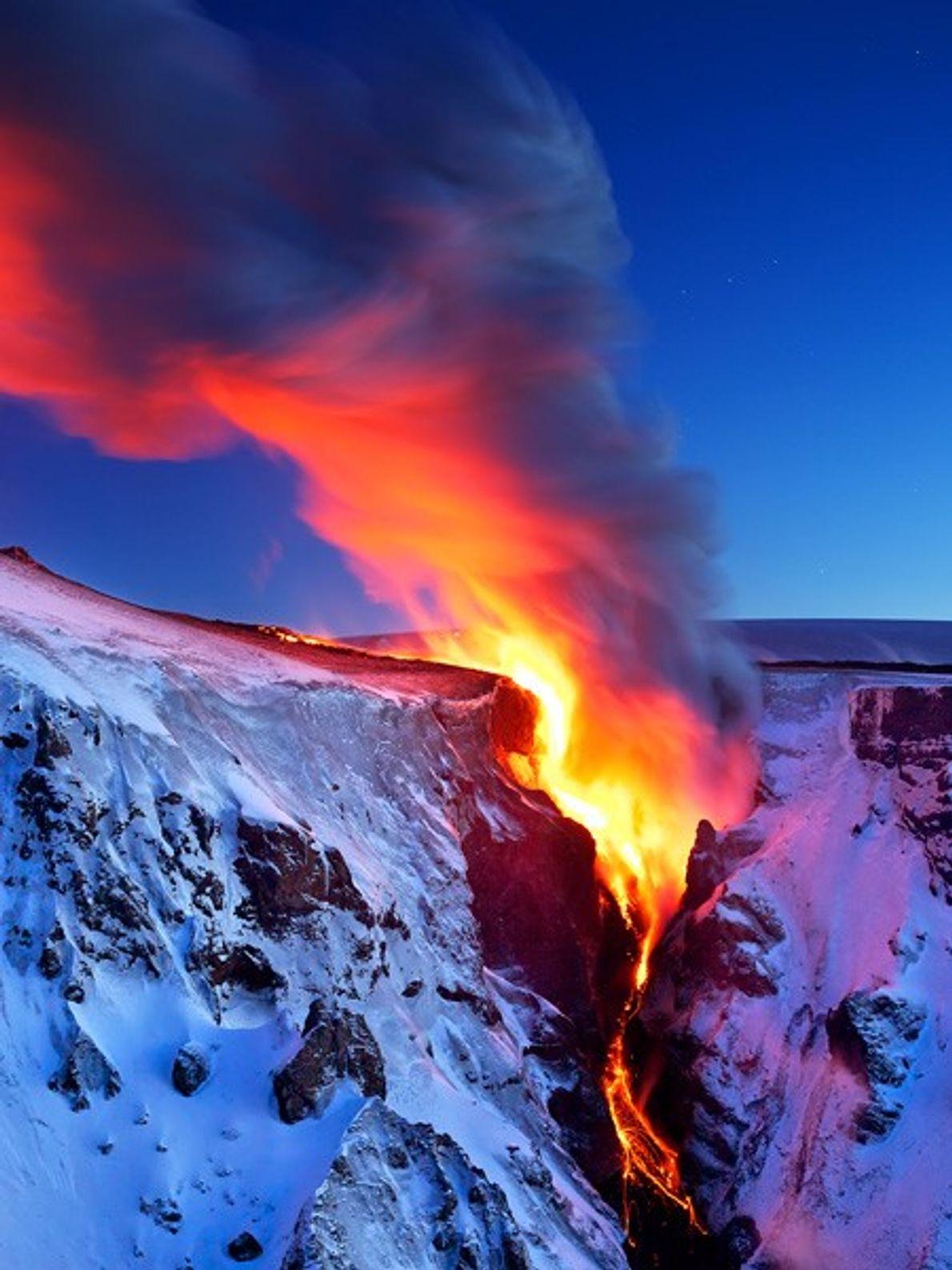 Escoadas de lava.