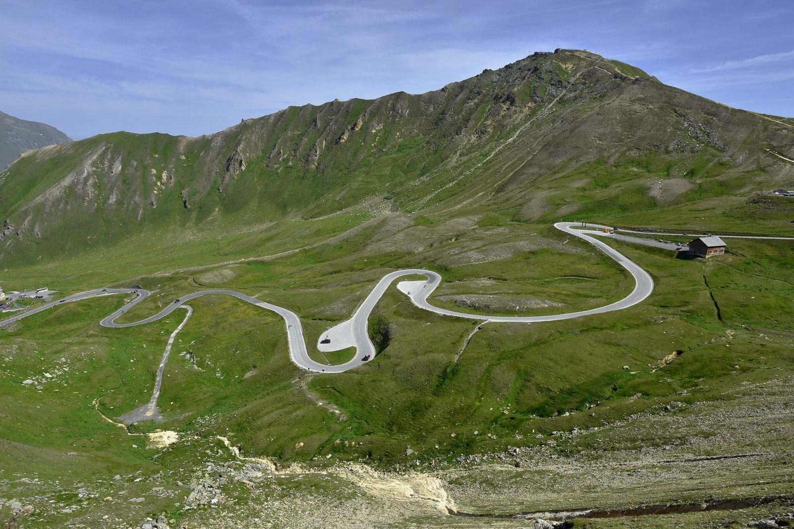A Estrada Alpina de Grossglockner atravessa a Áustria de norte a sul, com 36 curvas apertadas ...