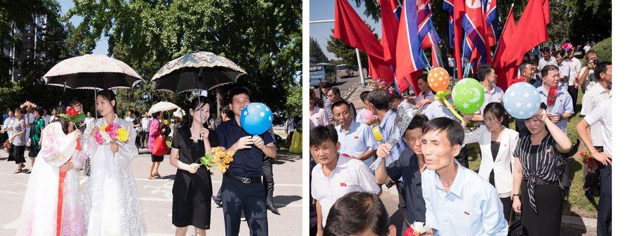 Norte coreanos participando no desfile durante o Festival Arirang, que teve lugar em setembro de 2018, ...