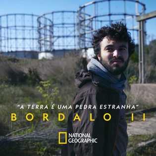 O artista de arte urbana Bordalo II