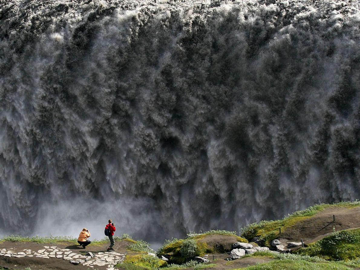 Cascata, Islândia