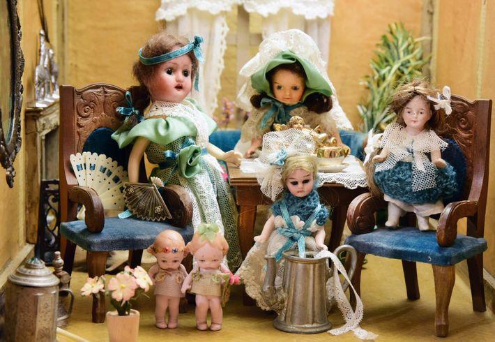 As bonecas 'bisque' – batizadas pela sua construção em porcelana semelhante a um biscoito, que dava ...