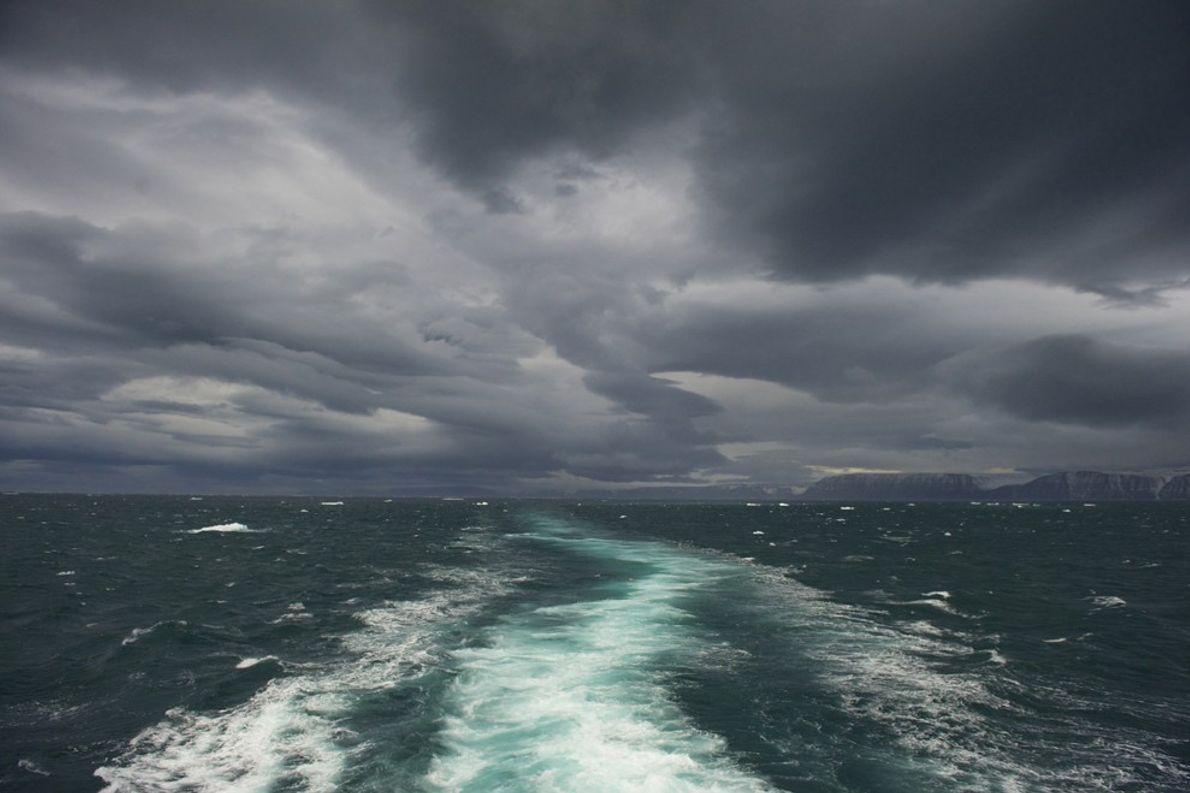 Mares Tempestuosos, Noruega