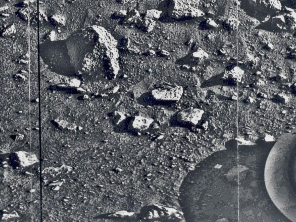 A Primeira Fotografia da Superfície de Marte
