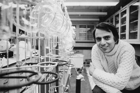Sagan,aqui em 1974, foiprofessor de astronomia na Universidade Cornell emIthaca, Nova Iorque durante grande parte da sua carreira.