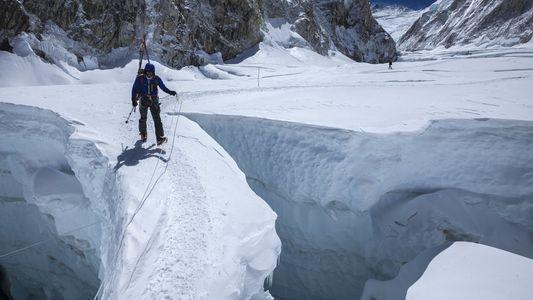 Veja Imagens de Escaladas ao Evereste ao Longo dos Tempos