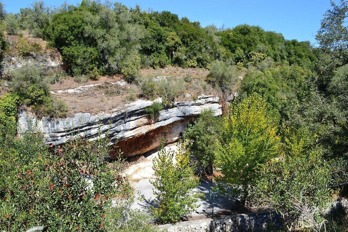 Vista do vale do Abrigo do Lagar Velho