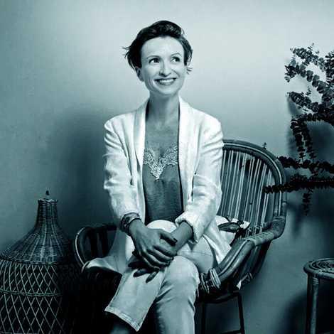 Claire Sancelot é ativista de Desperdício Zero e abriu a primeira loja dedicada a este estilo ...