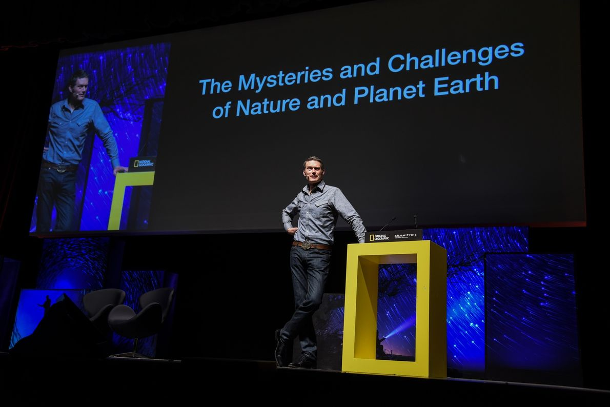 Charlie Hamilton James - Fotojornalista  Mysteries And Challenges of Nature And Planet Earth