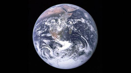 A primeira selfie da Terra