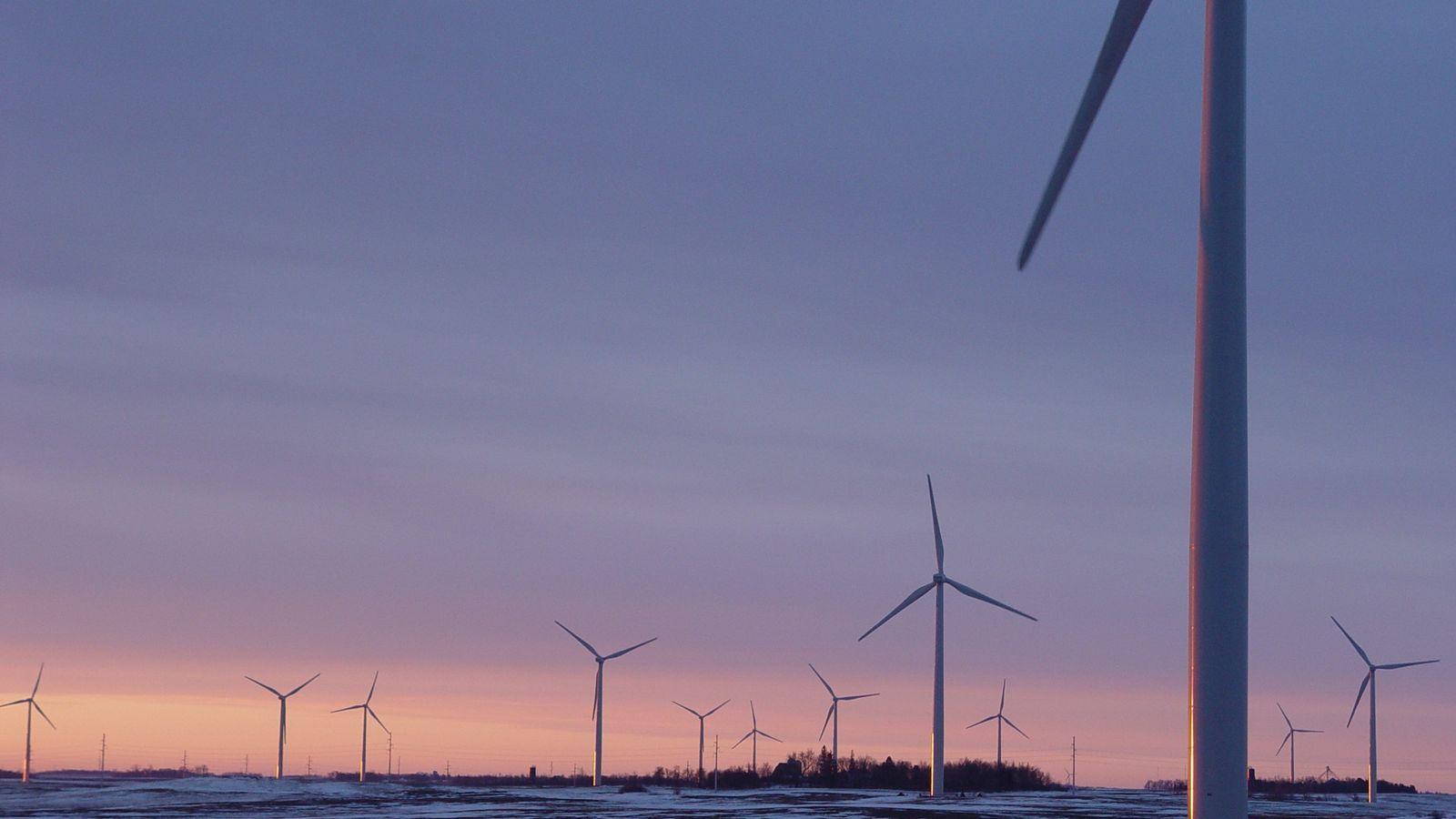 Turbinas eólicas aproveitam o vento para gerarem energia: na foto, um parque eólico em Chandler (Minnesota).