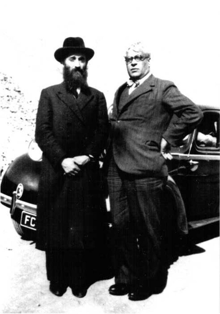 Rabino Kruger e Aristides Sousa mendes, em 1940-1941.