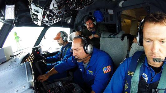 Veja Pilotos Corajosos a Voarem no Furacão Pela Ciência