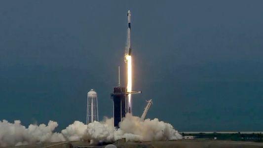 Veja o Lançamento Histórico da SpaceX no Primeiro Voo Tripulado