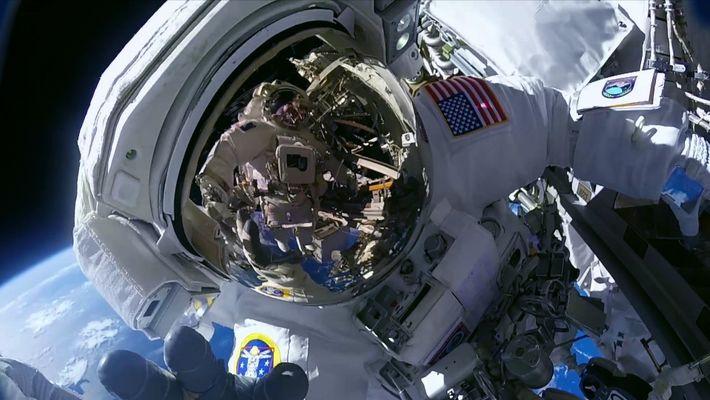 Starstruck Celebra a Exploração Espacial