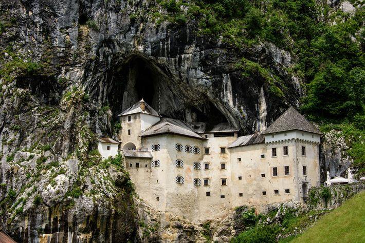 Castelo Predjamski Grad