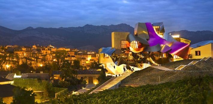 Imagem de Rioja Alavesa e obra do Museu Guggenheim