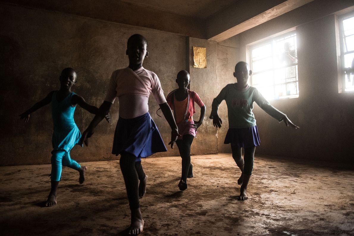 dança quénia ballet 5