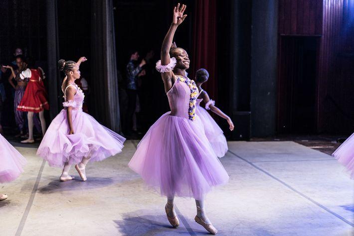 Teatro Nacional do Quénia ballet