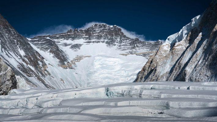 Como os Cientistas Transformaram a Montanha Mais Alta do Mundo num Laboratório Climático