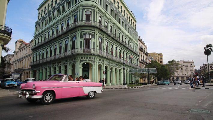 Viagem à História Vibrante de Havana Antiga