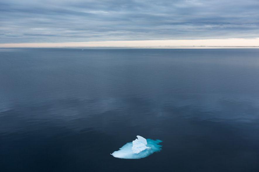 O gelo marinho no Estreito de Fram pode conter mais microplásticos do que as zonas costeiras ...