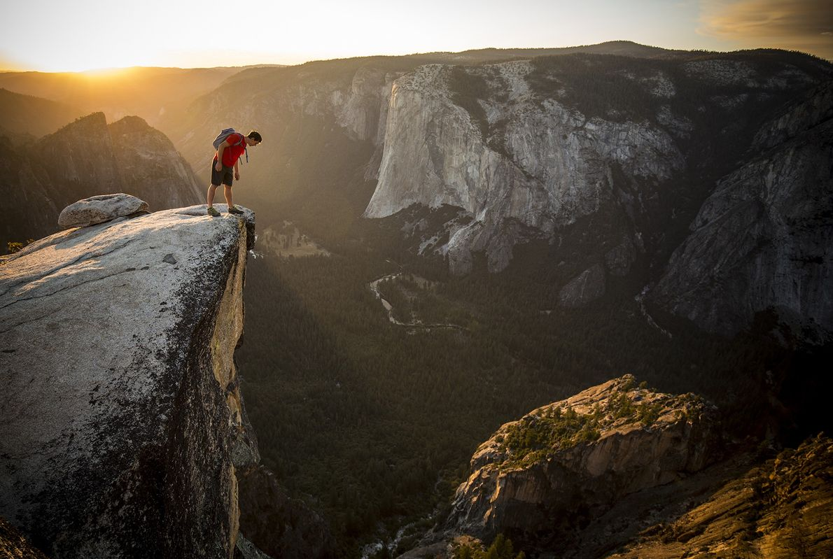 Alex Honnold, Taft Point, Yosemite, California
