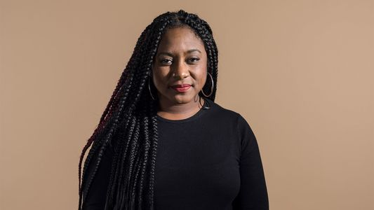 Alicia Garza é Cofundadora do Movimento 'Black Lives Matter' e Está Esperançosa no Futuro