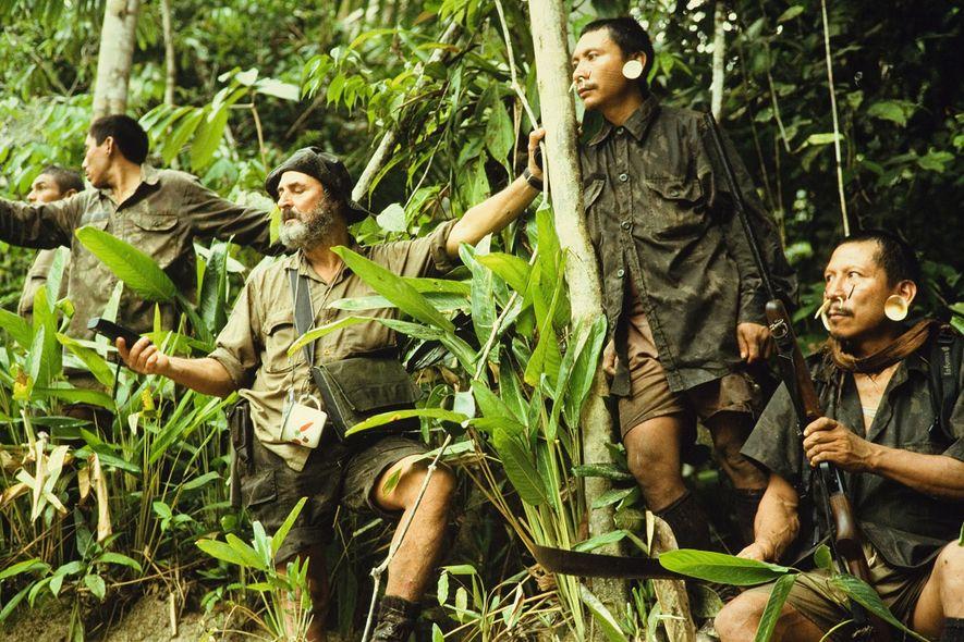 Expedição «do organismo de assuntos indígenas no Brasil